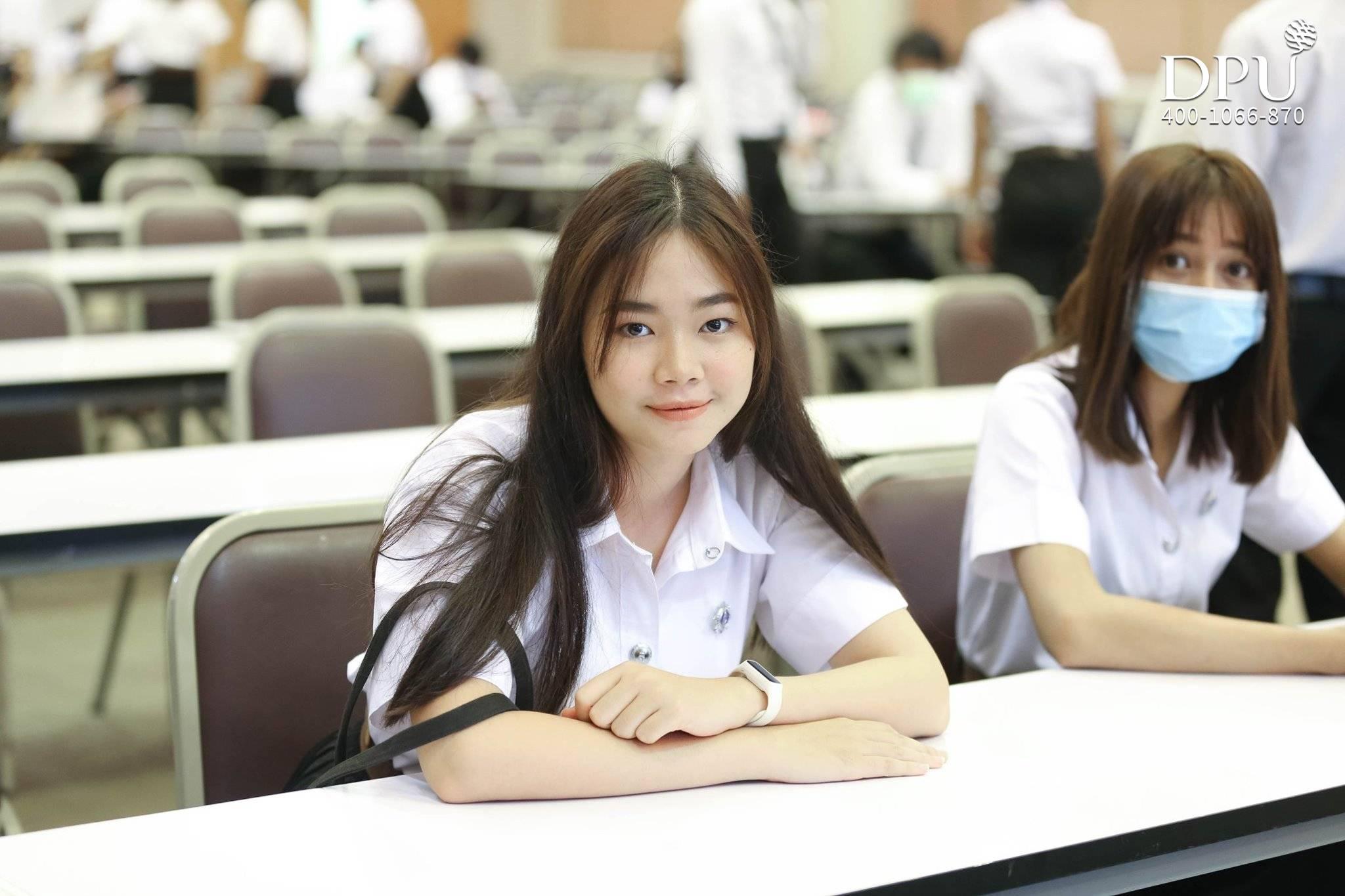 泰国博仁大学CIBA学院迎新活动